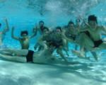 2016: les ados du Point Jeunes à la piscine